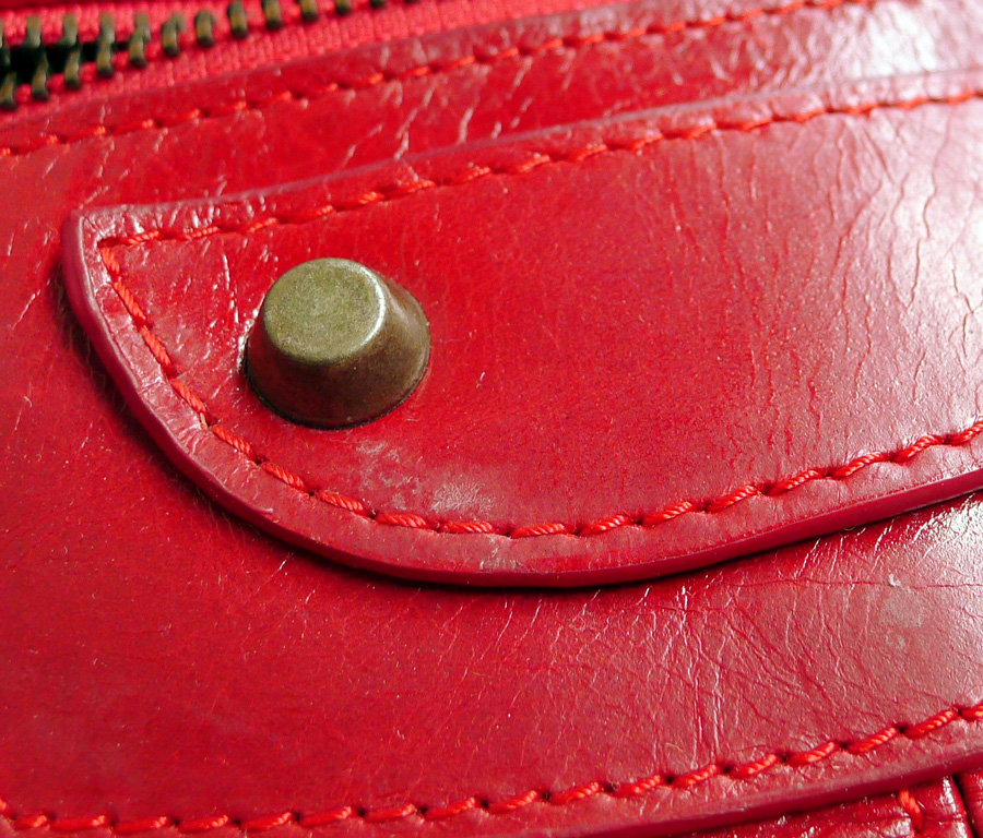 how to get rid of mold on leather belt