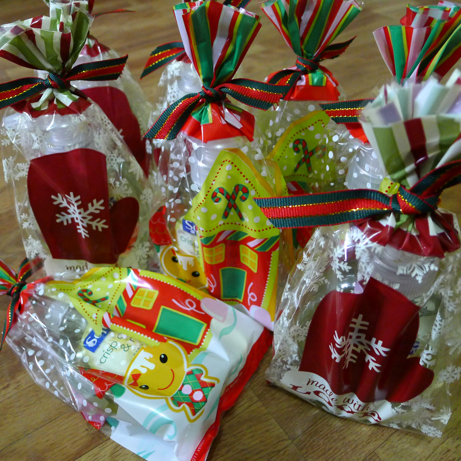 Party Bags for Christmas Goodies [Update] - THE BRIGHT SPOT