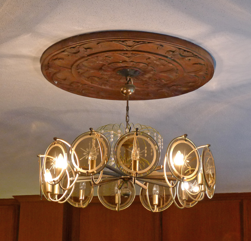 So many interesting details in this ceiling lamp.