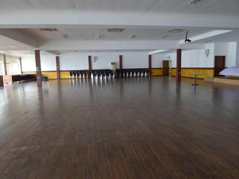 This is the function room we used for our teambuilding activities.  It's so big, it can accommodate up to 150 people.  Perfect for gatherings, too.