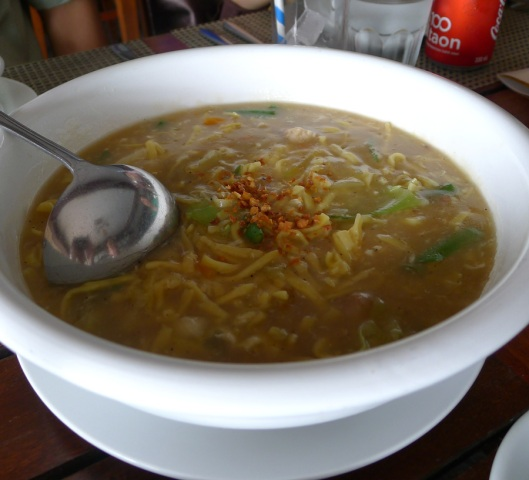 Pancit Lomi that's warm and comforting.
